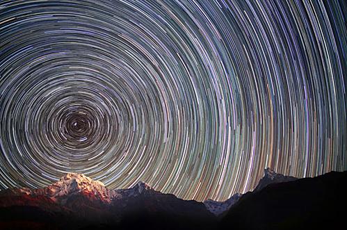 imagen de larga exposición desde el Himalaya